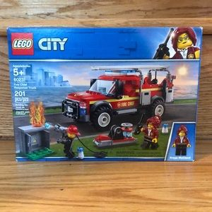 Lego City 60231 Fire Chief Response Truck- Retired